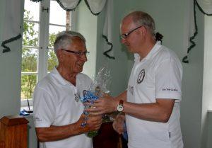 Torsten Wambach (T11) verabschiedet Werner Neum